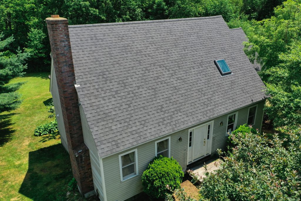 Roofing Systems - Atlas Pinnacle Pristine Black Shingles in Hubbardston, MA